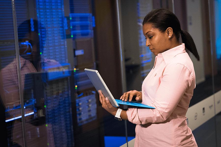 ¿Qué es la tercera brecha digital de género?